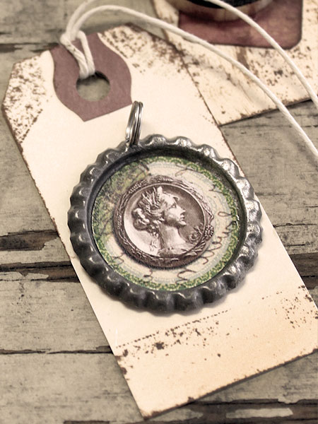 Vintage Bottle Cap Gift Tag
